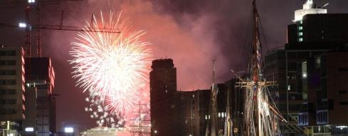 Feuerwerk in Hamburg - da fliegen sie die Vorsätze